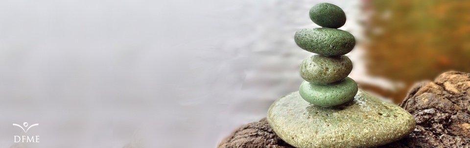 Die 5 Hemnisse: mit Hindernissen in der Meditation umgehen